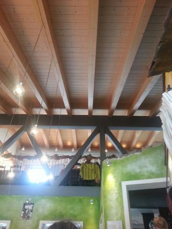 Skay Ristorante Pizzeria : Vista da piano inferiore