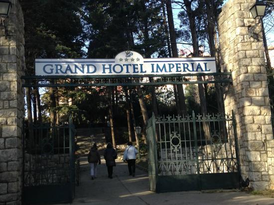 Valamar Imperial Hotel: Der Eingang zum Park des Hotel