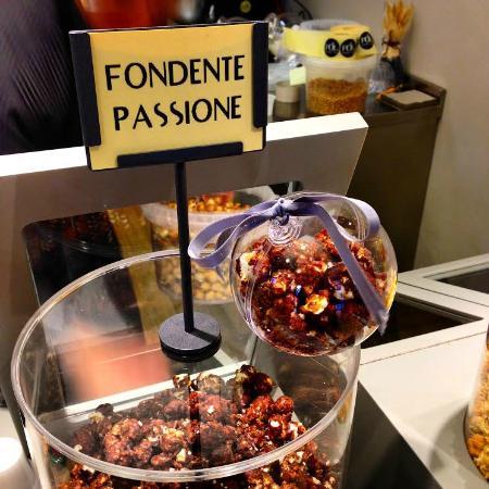 FOL Gourmet Popcorn