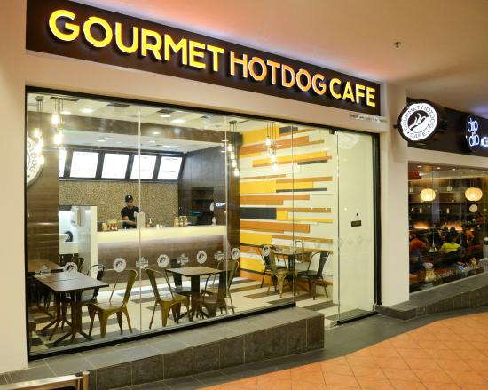 shop exterior 2 picture of gourmet hotdog cafe kuala lumpur tripadvisor. Black Bedroom Furniture Sets. Home Design Ideas