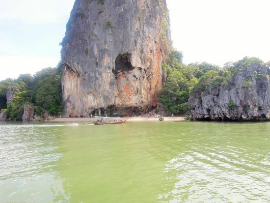 Çok Güzell - Picture of James Bond Island, Ao Phang Nga National Park - TripA...