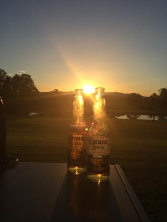 Rothbury Escape: Beer and a beautiful Sunset