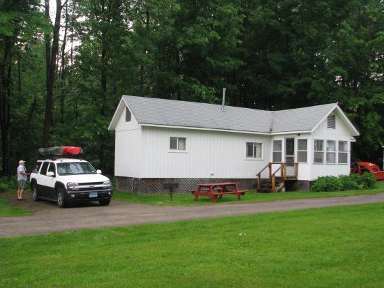 White Oak Motel & Cottages: Photo of Cottage 19