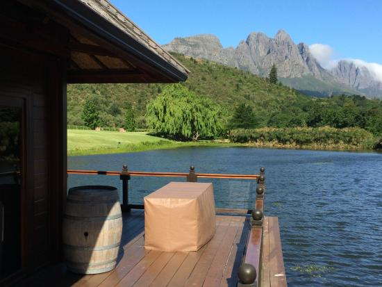 Stark-Condé Wines : view from the wine tasting facility