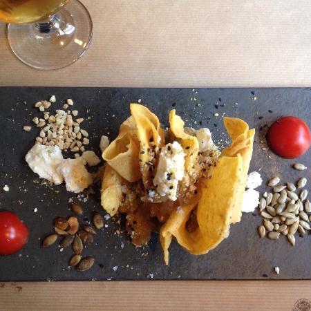 Almiranta tapas-Restaurante : Tahini de berenjena. Espectacular!