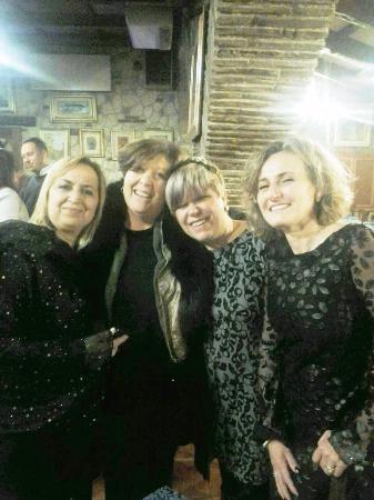 Albergo Il Tartufaro: mia moglie con le amiche