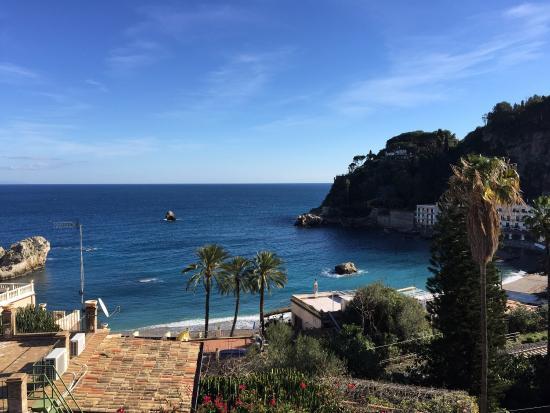 Hotel Baia Azzurra: Vista dell'albergo