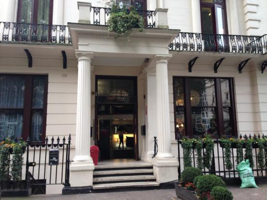 Equity Point London Hotel : 外観
