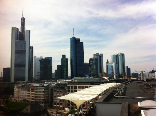 skyline frankfurt picture of skyline plaza frankfurt tripadvisor. Black Bedroom Furniture Sets. Home Design Ideas