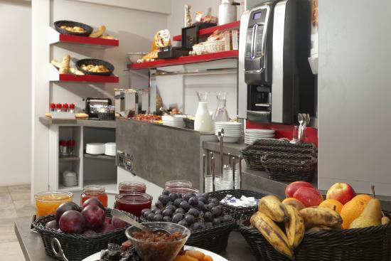 petit déjeuner - photo de la table de gustave, ornans - tripadvisor