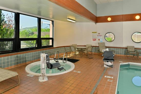 Comfort Inn of Butte: Pool Area Hot Tub