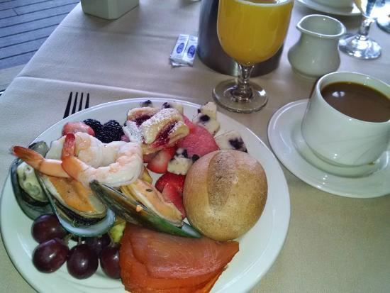 Frontier Restaurant: a seafood & fruit New Year's breakfast!