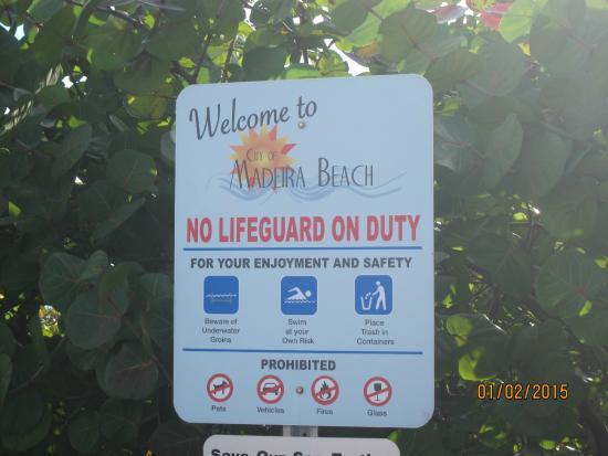 Madeira Beach: signage