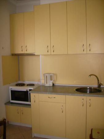 Hostel Lavele: cocina apartamento