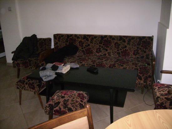 Hostel Lavele: salón apartamento