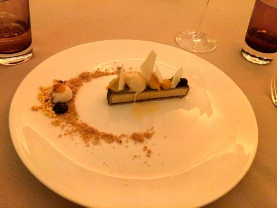 Restaurant Haerlin : Christstollen à La Haerlin, uns erstaunte dass der Patissier der beste Deutschlands sein soll