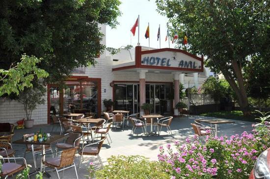 Anil Hotel: Entrance