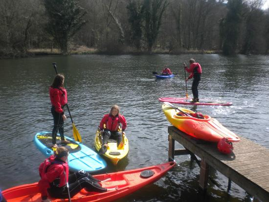 Taplow, UK: Group Session on the River Thames