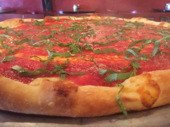 Bella Napoli Pizzeria & Restaurant: Pizza Margherita