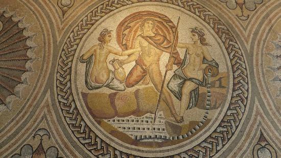 Mosa que centrale d 39 une pi ce vivre th me connu en for Decoration romaine