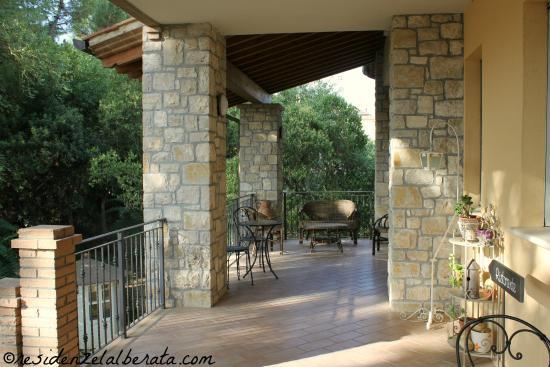 Residenze L'Alberata: la terrazza