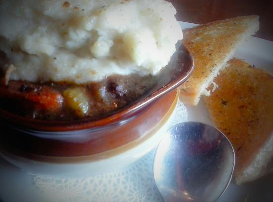 The Hare & Hound Pub: Guinness Beef Pie