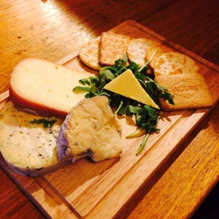 The Red Lion Boldre: Cheese & Biscuits
