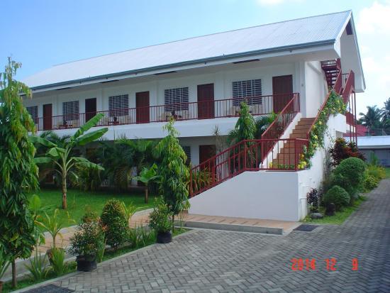 Dumaguete Studio Apartments : front