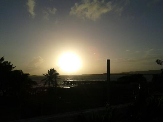 Playa Sirena Hotel & Resort: Vista del amanecer desde la terraza del hotel
