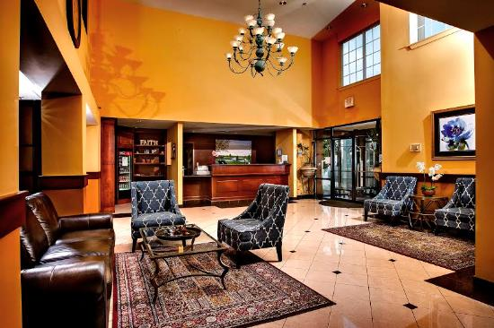 The Lotus Suites : Warm and Inviting Lobby