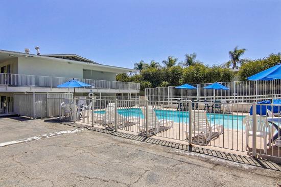 Motel 6 santa barbara state street californie voir for Trouver un motel