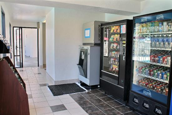 Motel 6 Morro Bay: Vending
