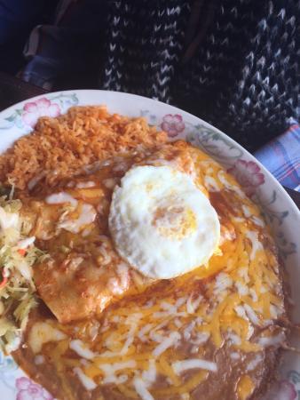 Fiesta Mexicana Family Restaurant: Enchiladas Rancheras
