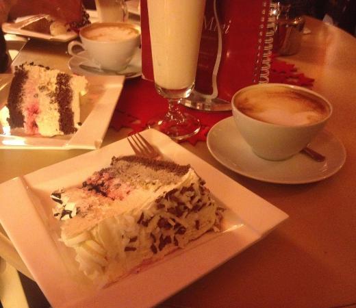 Cafe Mini Cakes @ plates & Cakes @ plates - Picture of Cafe Mini Krakow - TripAdvisor