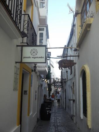 Posada Vagamundos: Hotel Front Entrance