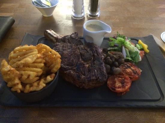 Jaks Bar & Steak House: £28 signatrue steak