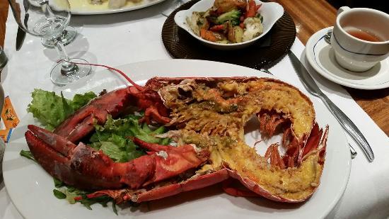 Vin et Maree : Второе блюдо из омара