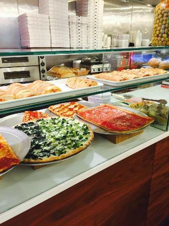 Famous Giannino Pizzeria
