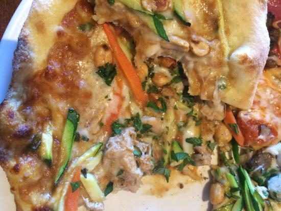 Sammy's Woodfired Pizza & Grill - San Marcos: Thai chicken pizza - interesting but I won't order again
