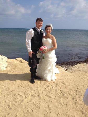 Louis Phaethon Beach : Post wedding pics