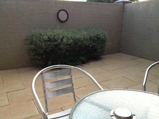 BEST WESTERN Goulburn: Courtyard