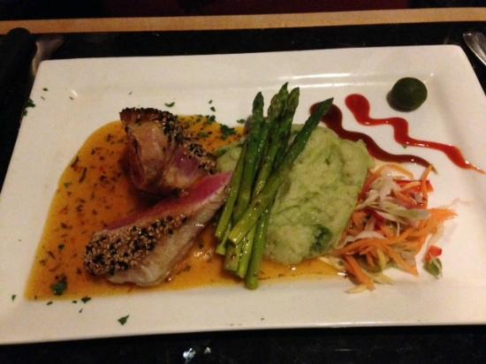Bistro63 at Monkey Bar: Sesame encrusted Tuna