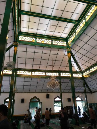 Al-Wustho Mangkunagaran Mosque