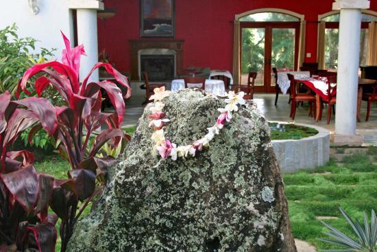 Hawaii Island Retreat at Ahu Pohaku Ho`omaluhia: Organic dining