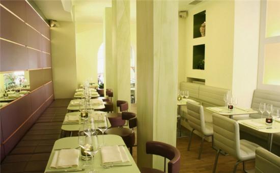 Monsoon Glockenbach Restaurant: Das moderne und sehr geschmackvolle