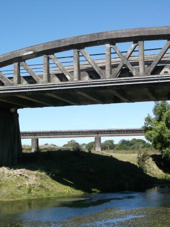 Blenheim Top 10 Holiday Park: Two bridges