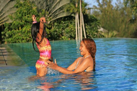 Hawaii Island Retreat at Ahu Pohaku Ho`omaluhia: Summer family camp at Hawaii Island Retreat