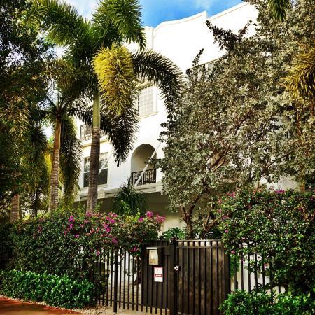 The Fountain Condominium Hotel : Linda fachada