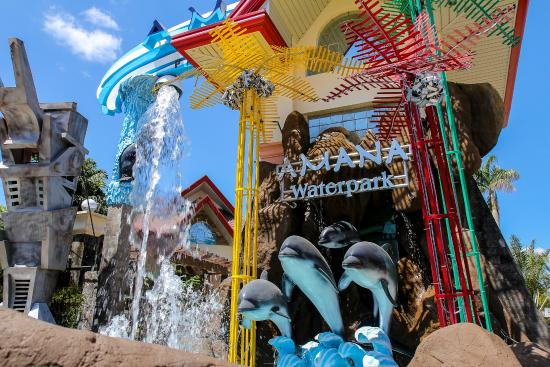 Pandi, Philippines: Amana Waterpark Entrance