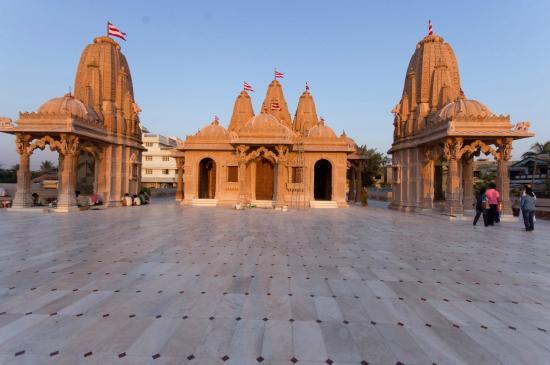 Shri Swami Narayan Temple
